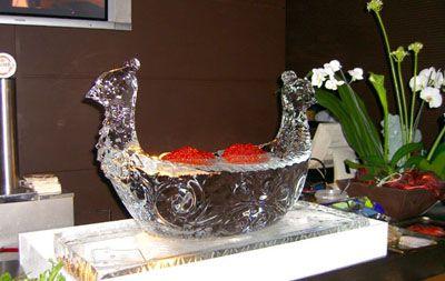 ледяная чаша с икрой