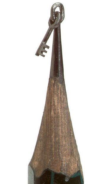 ключ на кончике карандаша