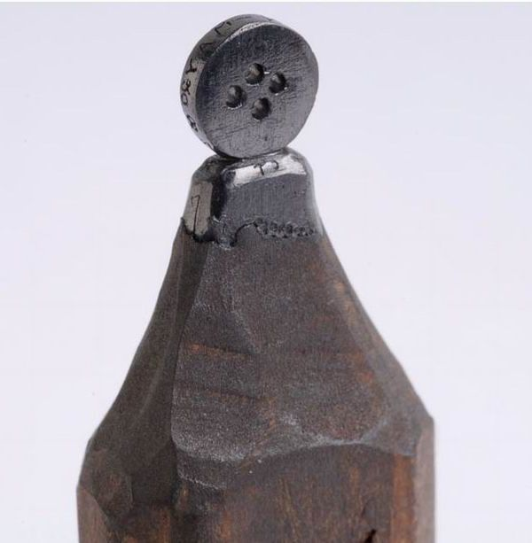 руговица на кончике карандаша