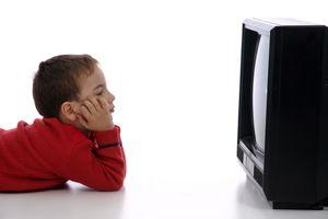 Смотреть телевизор – огромная, огромная и бессмысленная трата времени.